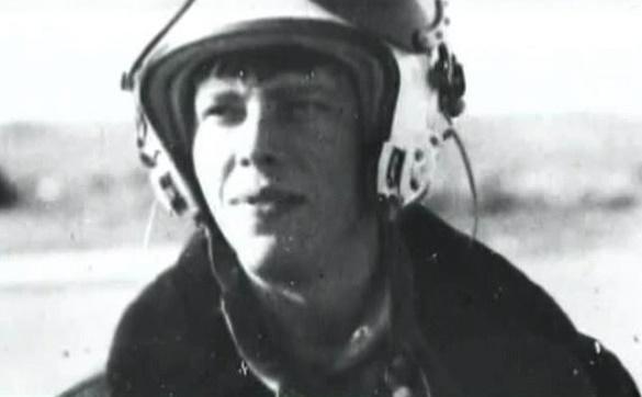 """Как сбитый в Афганистане советский летчик устроил душманам """"ад на земле"""""""