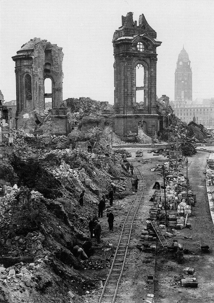Фальшивая история человечества. Бомбардировка Дрездена