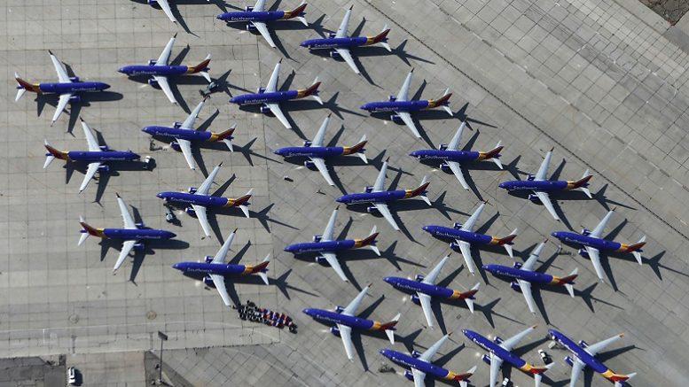 Boeing на дне: компания готовится потерять миллиарды долларов