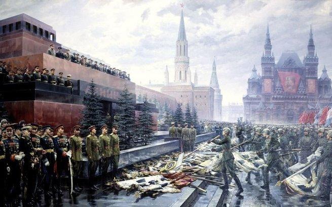 Мавзолей и День Победы