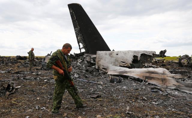 Ответственность за катастрофу ИЛ-76 и гибель 49 десантников на Донбассе в 2014 году полностью лежит на украинском командовании