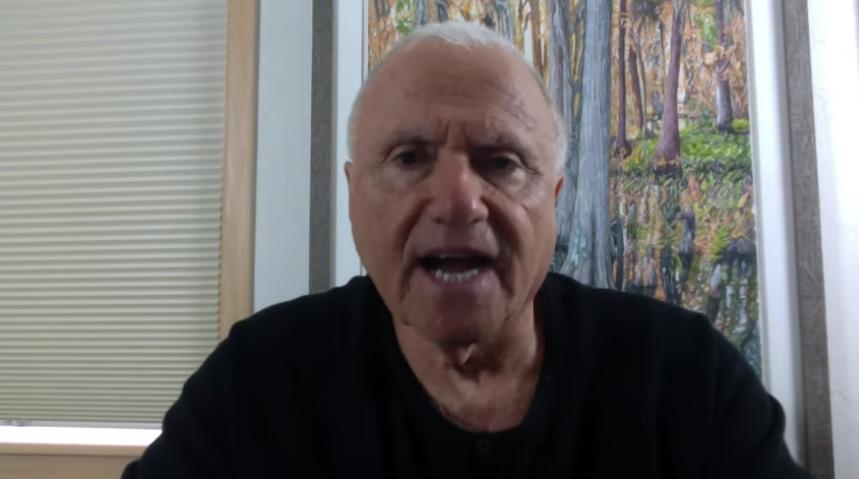 Сотрудник аппарата Киссинджера рассказал о связи торговца детьми Эпштейна с израильским Моссадом