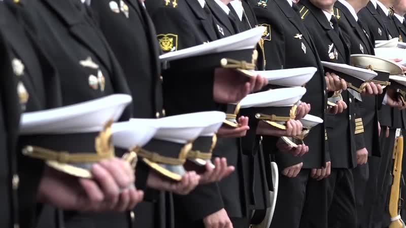 В Санкт-Петербурге с воинскими почестями похоронили погибших моряков-подводников