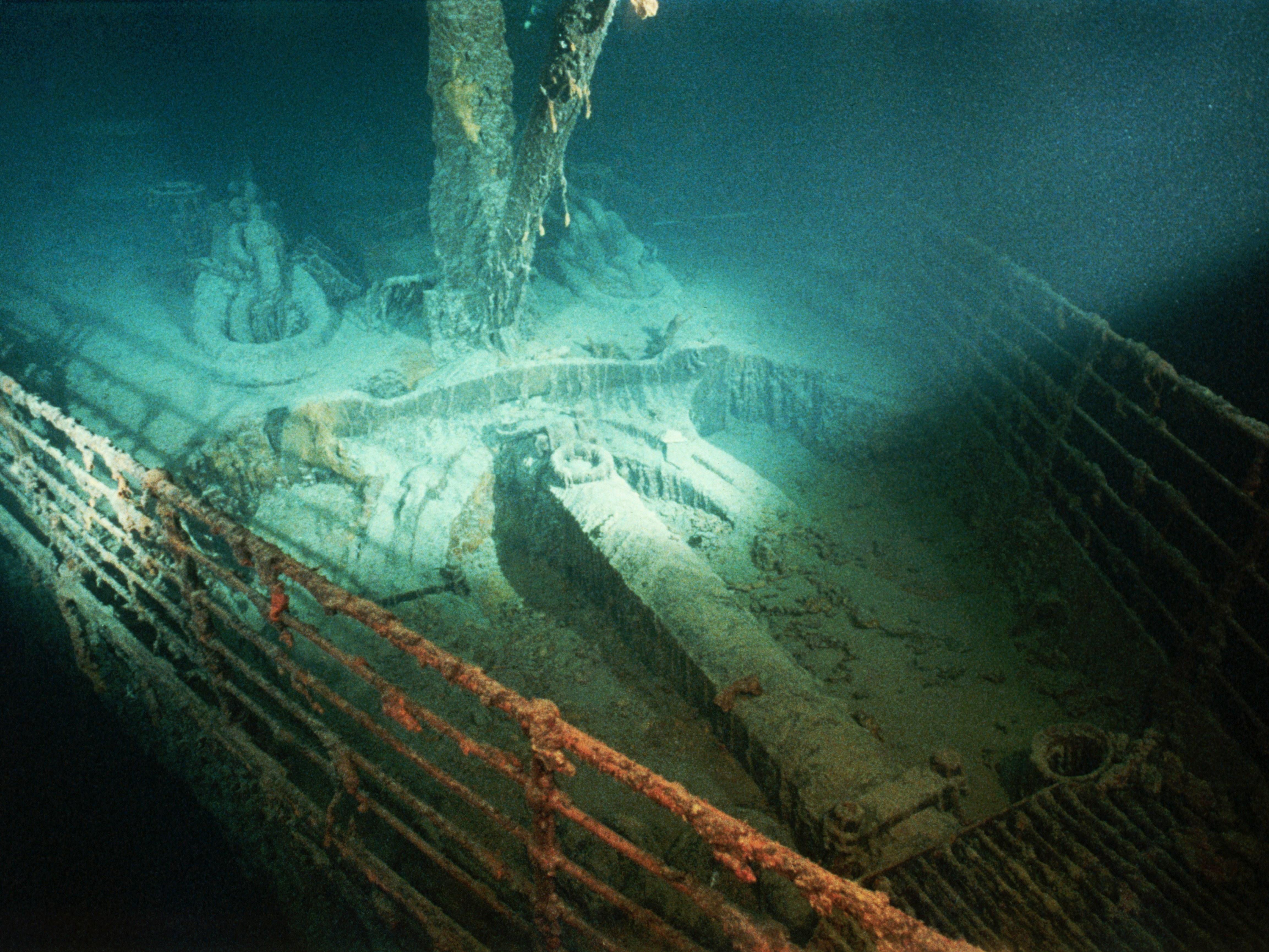 картинка как выглядит титаник под водой задача при подборе