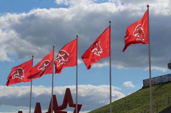 Автопробегом до Владивостока, вплавь до Курил – лето «по-юнармейски»