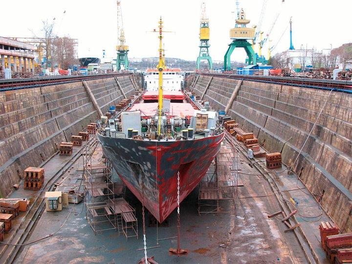 Разрушенная при Украине судостроительная отрасль Крыма начинает возрождение