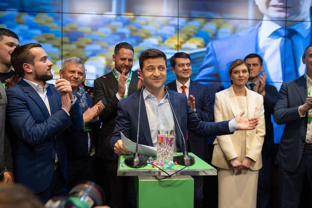 Киев думает, как облегчить жизнь жителям Донбасса