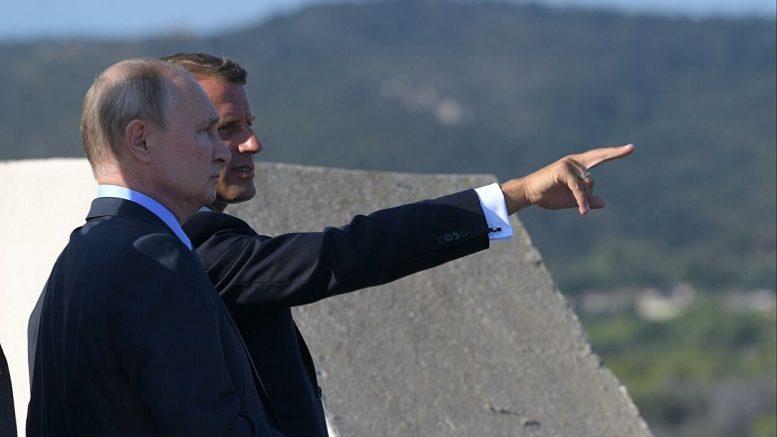 «Условлено о последующих контактах». Путин иЗеленский созвонились после обмена заключенными