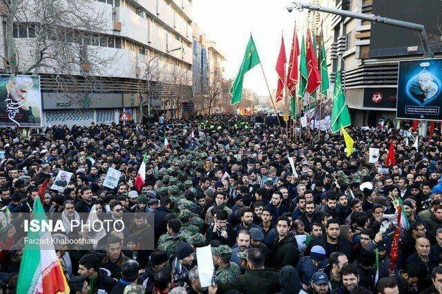 Запад в шоке от похорон генерала Сулеймани: «Бесконечное море людей на улицах» (ФОТО, ВИДЕО) 7