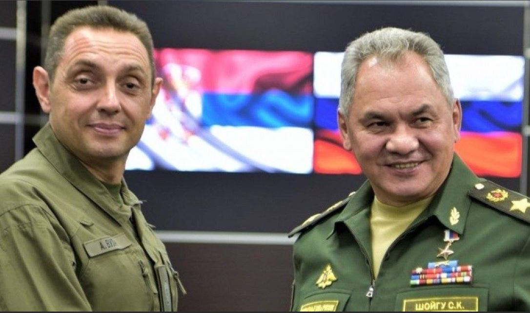 Минобороны России закрепилось в Сербии...