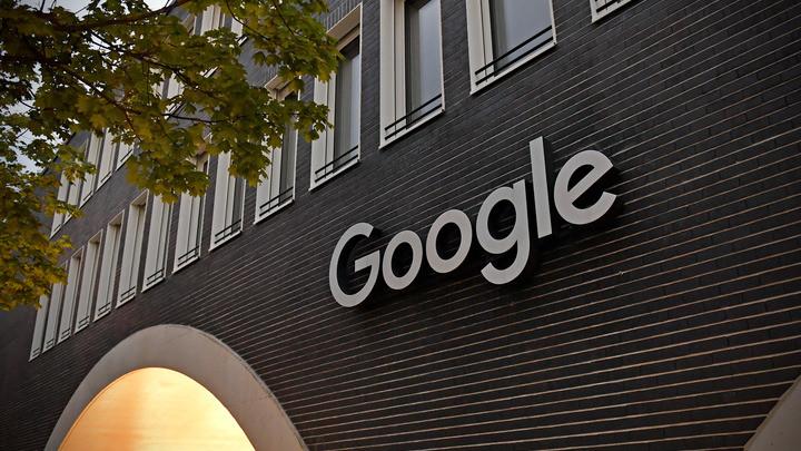 Юристы Google сбежали с заседания суда в Москве
