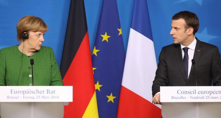 Почему Франция обвиняет Россию и Турцию в своих