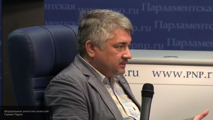 Фактически Украина раскалывается по границам