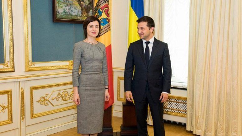 Кто принимает решения о союзе Украины и Молдавии против России