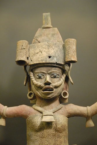 ancient woman from Veracruz is in the St Louis Art Museum.