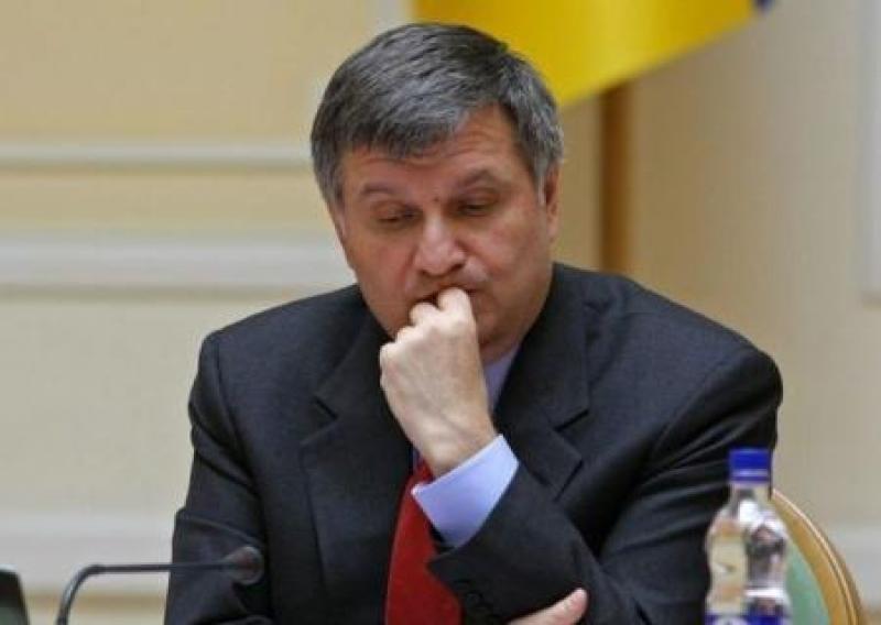 Тёмная лошадка: как Аваков развёл двух президентов и трёх премьеров