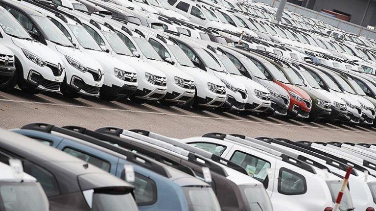 Украина массово закупает автомобили и ставит экспортные рекорды