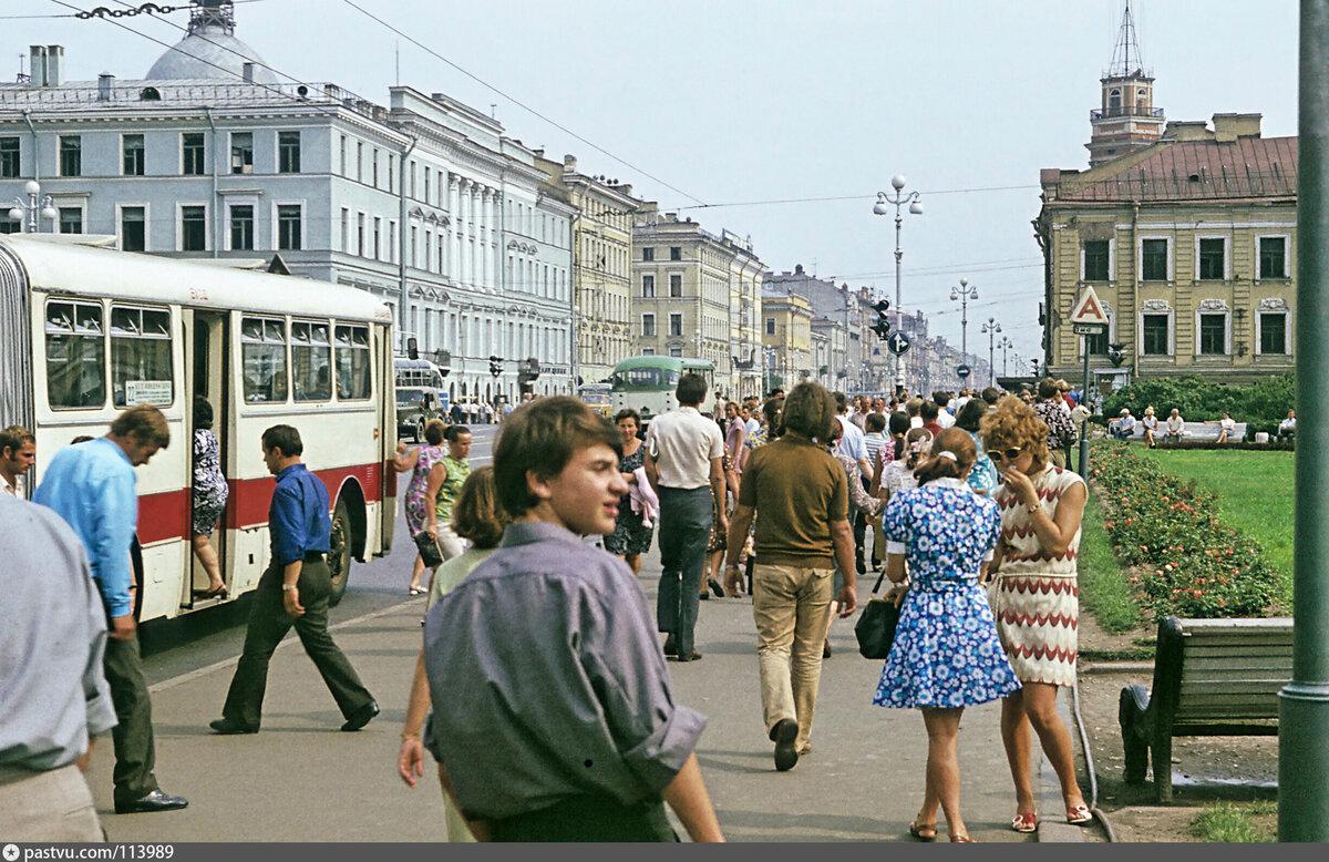 фото людей на улицах ссср они могут быть