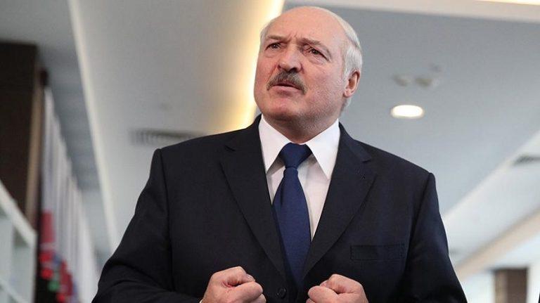Лукашенко объяснил отказ от введения ограничений из-за коронавируса