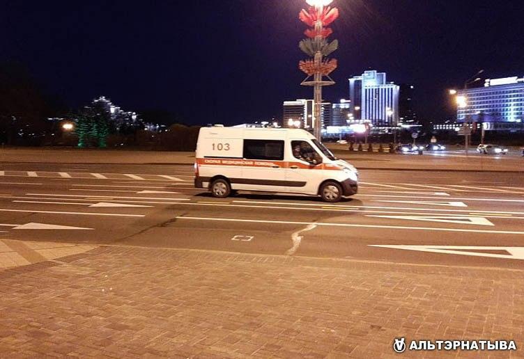Белоруссия: коронавирус побеждает трактор и сауну