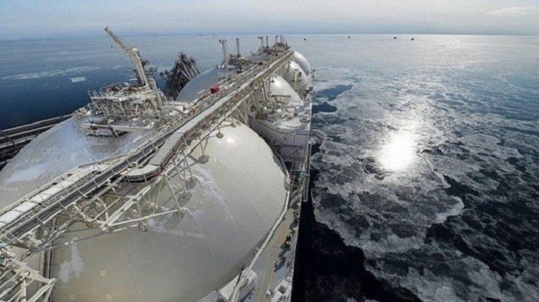 Европа и Азия отказываются от американского газа