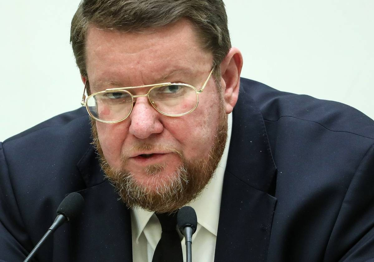 Сатановский призвал российские власти не терпеть