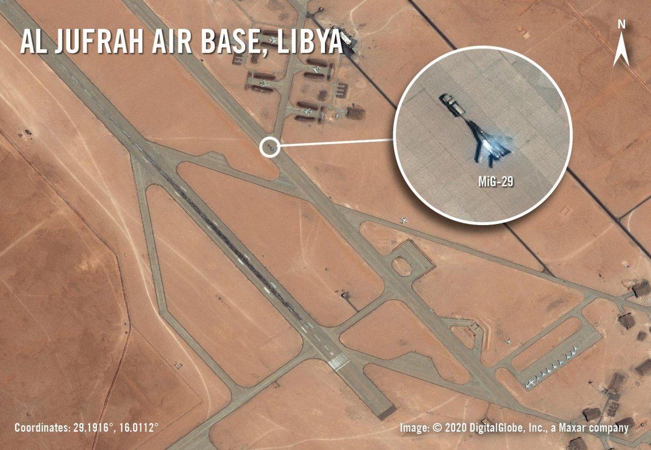 На авиабазе в Ливии заметили большое количество российских боевых самолётов
