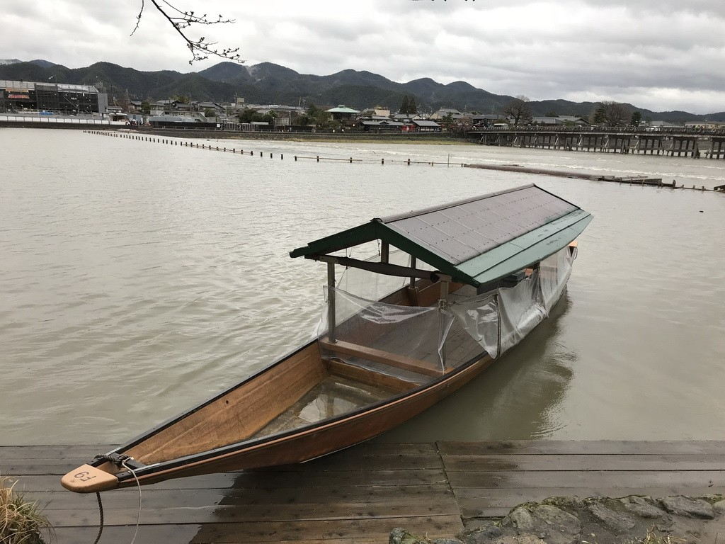 картинки японской лодки приходом яркового