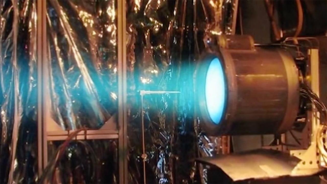 """""""Росатом"""" готовит испытания прототипа космического плазменного ракетного двигателя"""