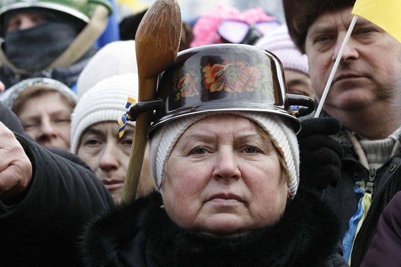 Шлем гордого украинского патриота