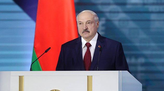 Раздвоение главной белорусской личности. Что