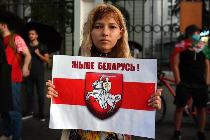 Протесты в Белоруссии приобретают антироссийский характер. Важная информация и украинский след