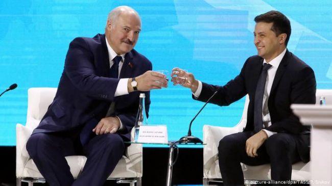 Цена Белоруссии: или мы окружаем Украину, или Украина окружает нас