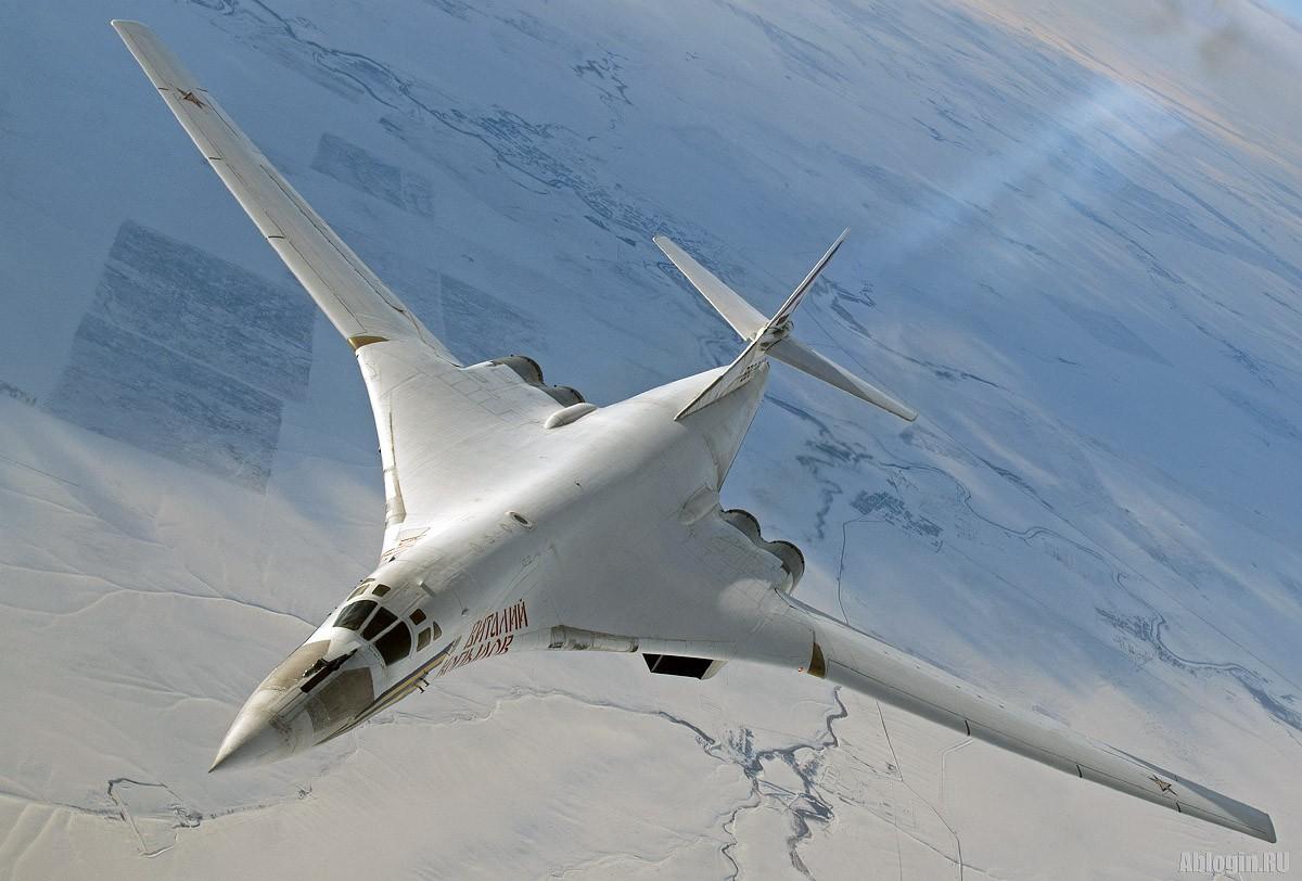 «Белый лебедь» Ту-160 – самый опасный самолёт в мире