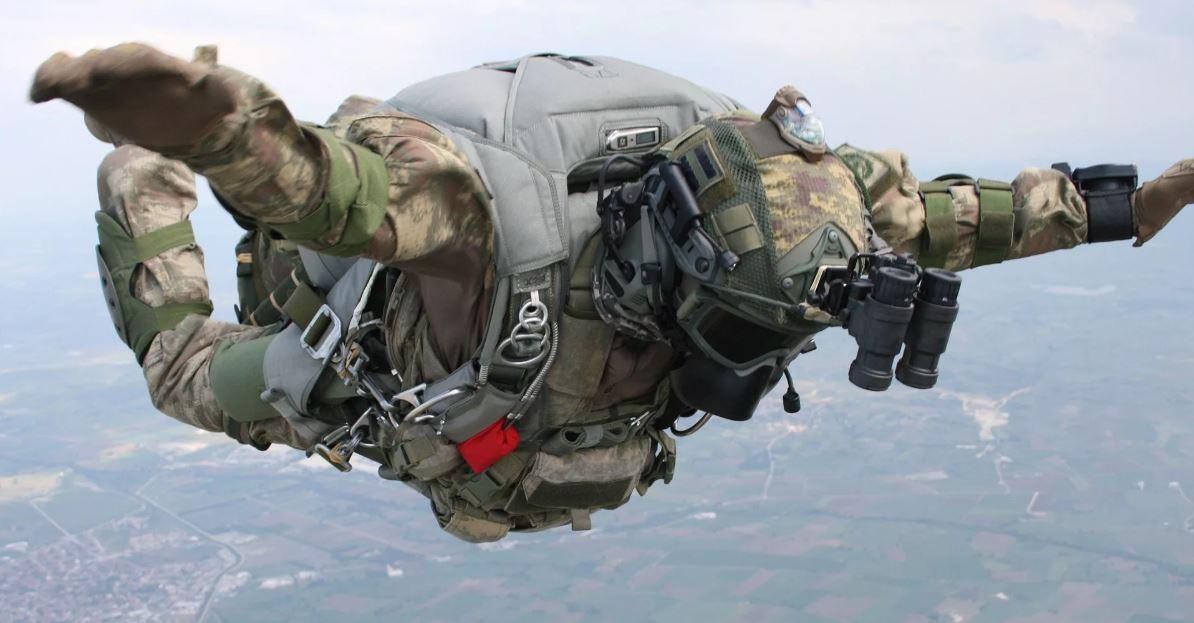 Десантный парашют – история взлётов и падений...