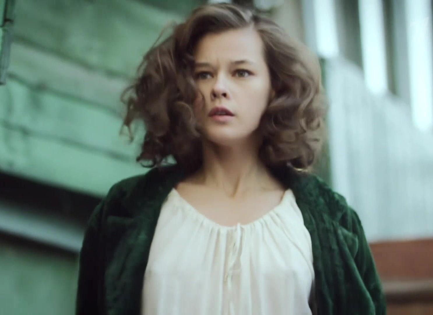 Как произошел засвет сисек актрисы Екатерины Шпицы
