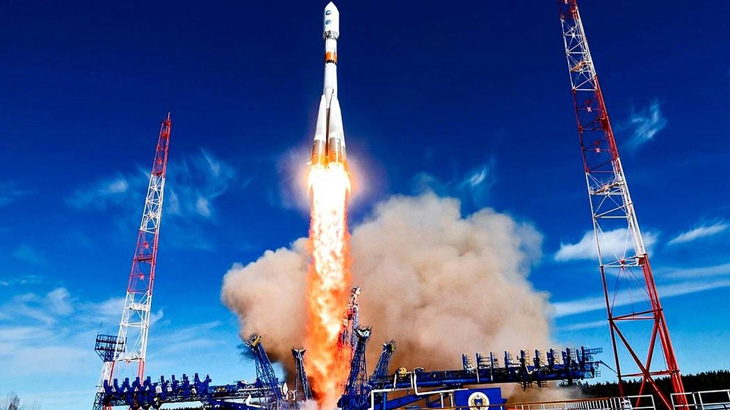 В России отмечают День Космических войск...