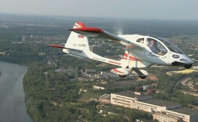 В России завершены испытания нового лёгкого самолёта Сигма-7 со складным крылом