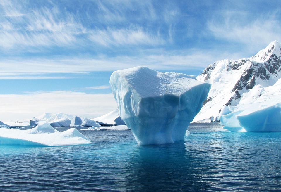 В ООН предупредили о пробуждении вирусов из-за таяния льдов в Арктике 2