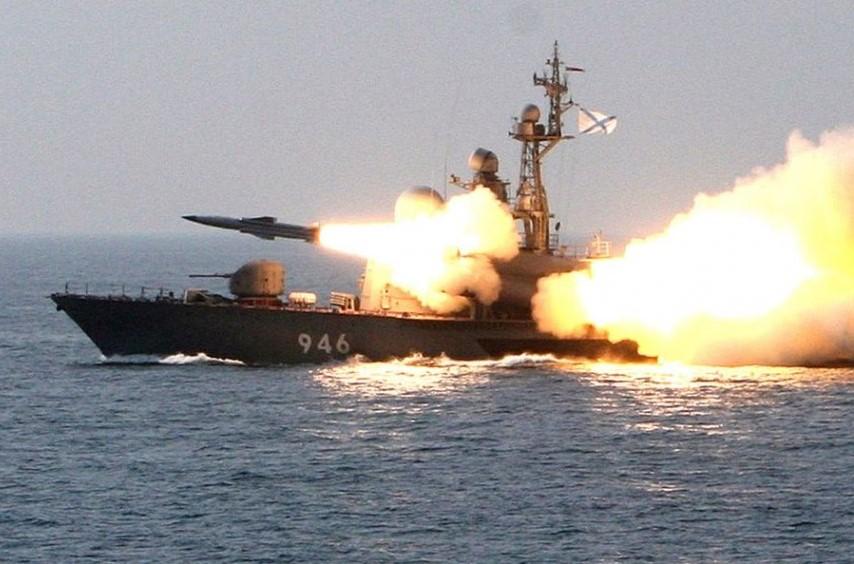Российские учения в Черном море – чтобы всякие Тренты больше не совались