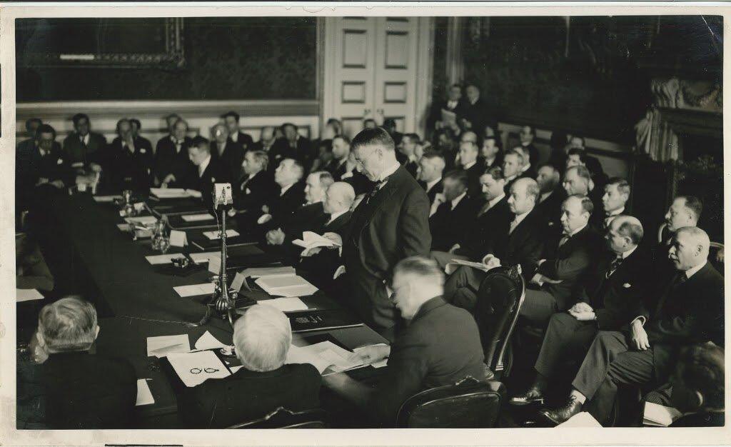Заседание конференции в Сент-Джеймсском дворце в Лондоне