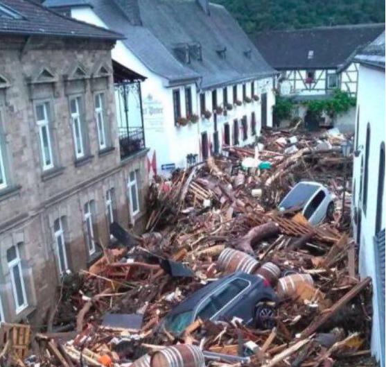 Даже стихийные бедствия не могут отвлечь Европу от борьбы с Россией