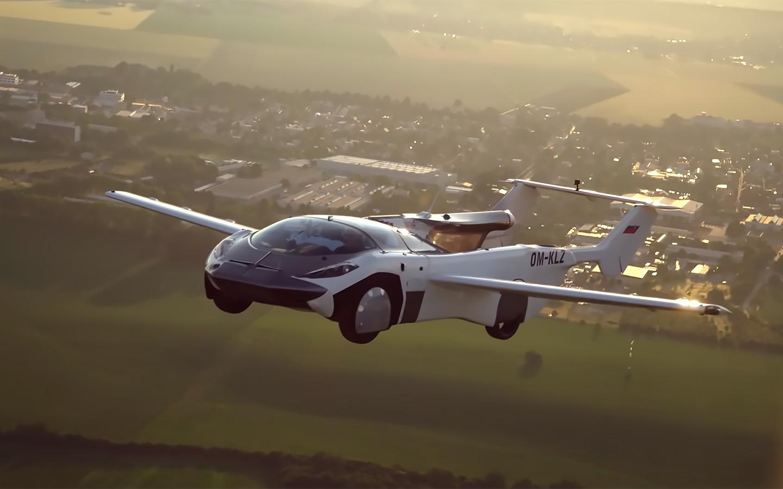 Летающий автомобиль впервые провёл в воздухе 35 минут на пути из аэропорта Нитры в аэропорт Братиславы