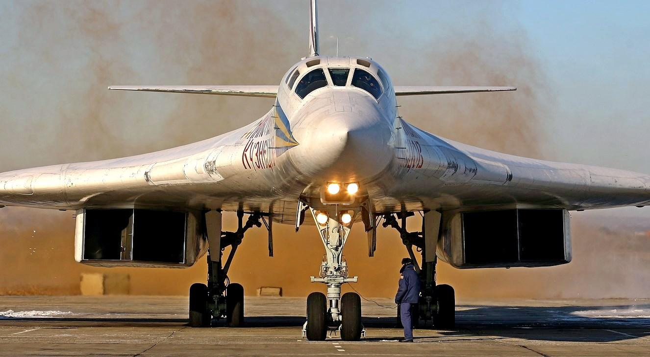 Длинные руки авиации – стратегические бомбардировщики: русский против янки.