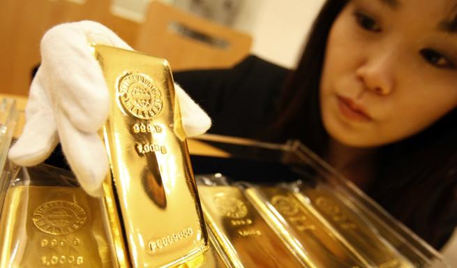 С Японией надо обсуждать не Курилы, а 200 тонн царского золота