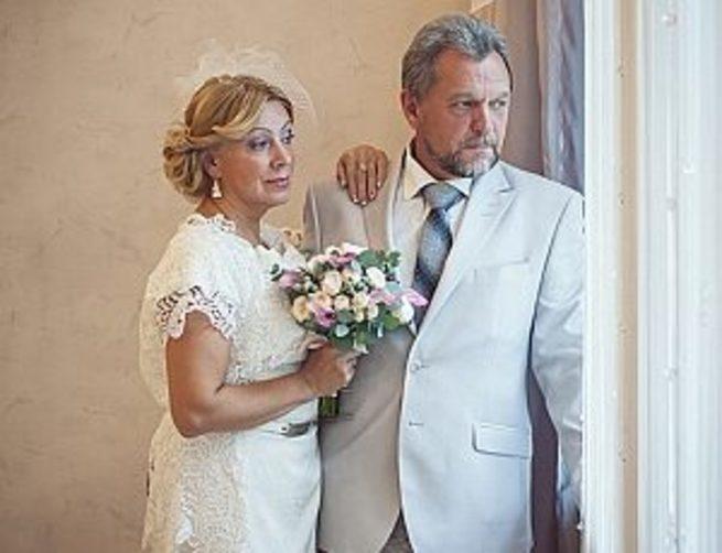 foto-nevesta-god-posle-svadbi-seke-seke-video
