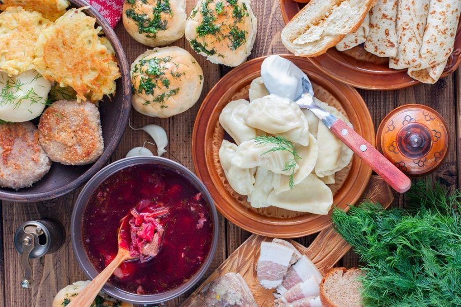 украинский стол с едой картинки образом, это