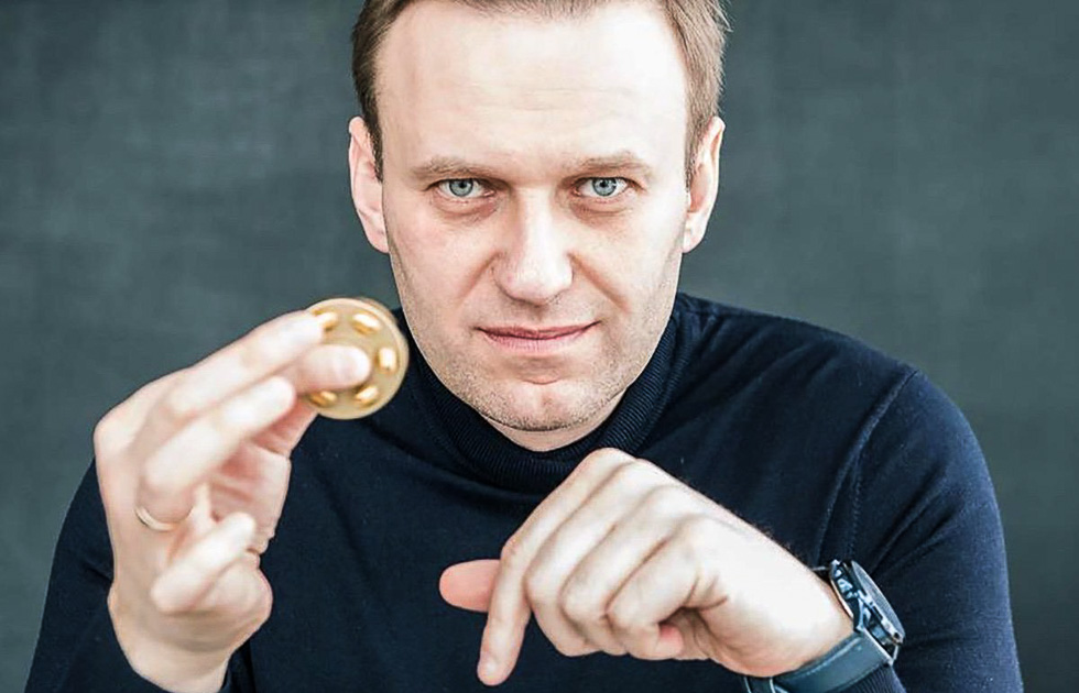 Круши, ломай: западные спонсоры оплатили многомилионные штрафы Навального