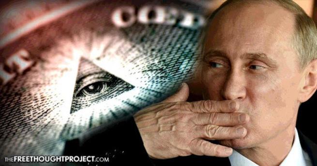 Русские госпожи плюнут раба имина в глаз