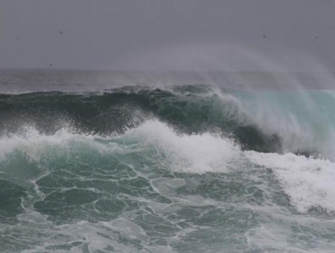 От берегов Бразилии и Уругвая отхлынула вода, а